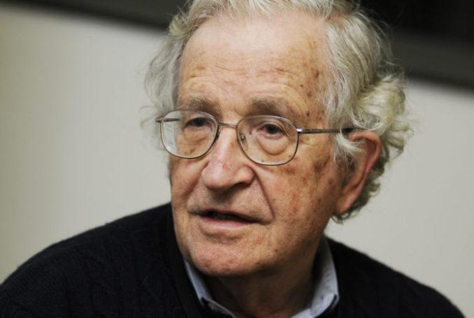Noam Chomsky - Photo : Oumma.com